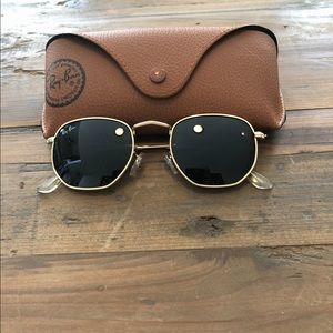 Hexagonal flats Sunglasses